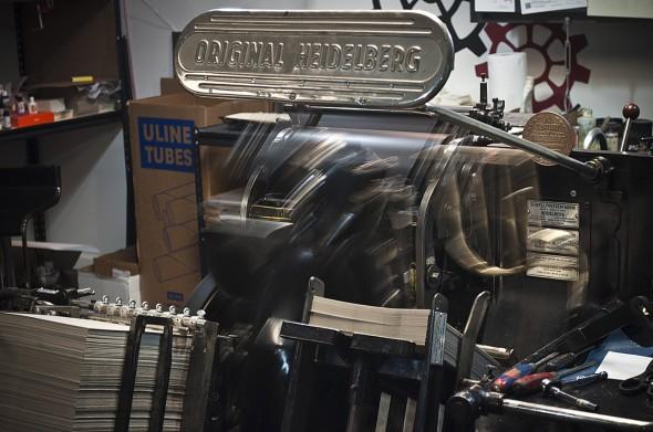 Letterpress-printer-seattle printing press Pike-Hike-Art-walk